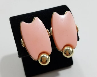 Beautiful Pink Lucite with Gold Tone Clip Earrings
