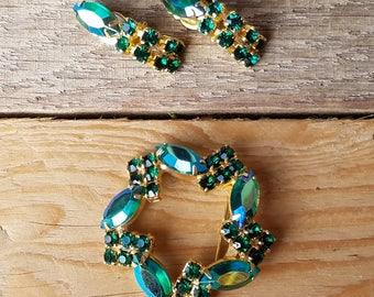 1950s Emerald Green and Blue Aurora Borealis Rhinestone Brooch and Earrings Set, Classic Circle, Gold Tone Brooch and Clip Earrings