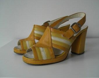 Vintage shoes size EU 36/Platform shoe/Yellow 60 's Sandal/peep toes