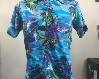 Vintage Hawaiian Floral Shirt, Size Medium, Waikiki Holiday, Aloha Shirt, Tiki Shirt, Vintage Hawaii, 50s Hawaiian Shirt, Beach Shirt