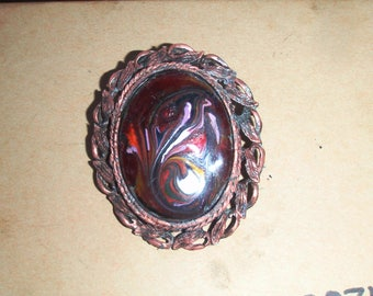vintage brooch hand painted in ornate frame 1950 to 70s