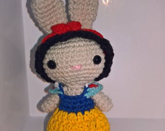 Amigurumi crochet Bunny disguise as Belle / Crochet Rabbit in disguise princess