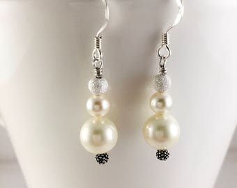 Pearl earrings, Pearl drop earrings, Bridal earrings, wedding pearl earrings