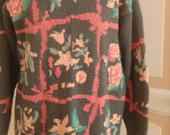 Multi patterned Jumper Greens and pinks size 14 vintage