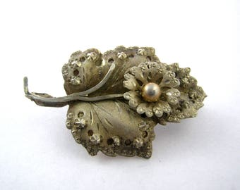 Vintage silver leaf retro Pin Brooch