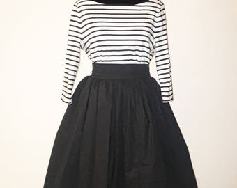 Black Solid Color High Waist Mid Length Skirt