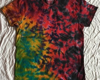 Trippy and colorful tie dye, size L extra long