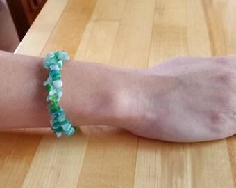 Sea glass bead bracelet