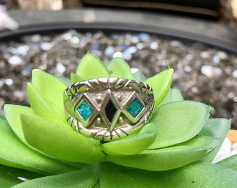 Men's Sterling Silver Plated Crushed Turquoise Ring Size 11.5