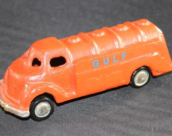 Gulf Cast Iron Gas & Oil Delivery Tanker Truck, 1940/50s