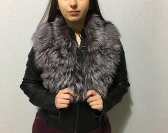 Gorgeous  Lilac & silver Fox Fur Collar