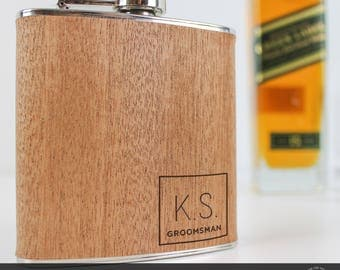4 Groomsman Gift, Personalised Flasks, Groomsmen Hip Flask, Engraved Flask, Engraved Flask, Custom Engraving, Wooden Hip Flask, Gift for Men