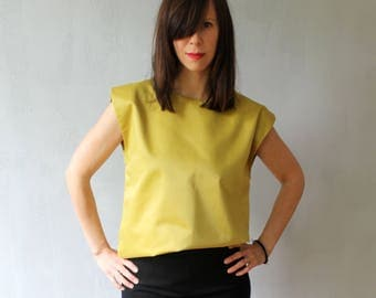 Minimalist mustard sleeveless vest top