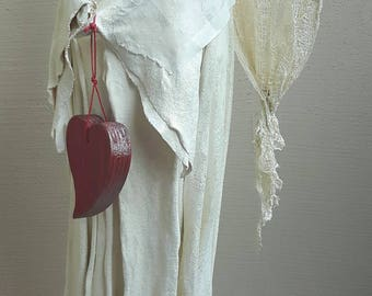 tall powertex angel, ivory angel, angel figurine, angel sculpture, love angel, angel with red heart