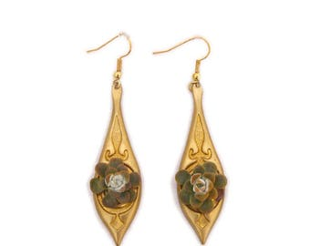 Boucles d'Oreilles Joséphine : bijoux végétal, parure de mariage, demoiselle d'honneur, baptême, soirée événementielle, plantes grasses