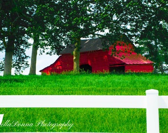 Farm Red Barn Sky Clouds Upstate Greenville SC White Picket Fence