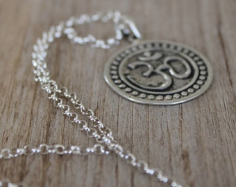 Large Circle Om Sterling Silver with Chain  [Peace]