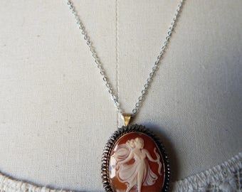 Vintage Carved Shell Cameo Pendant of Goddess Diana the Huntress on Silver 925 Chain