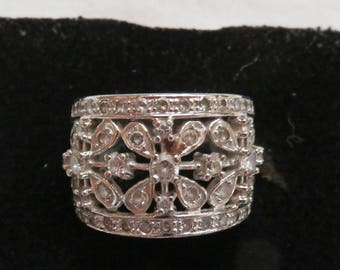Cubic Zirconia and Sterling Silver Filigree Ring ~ Estate Jewelry