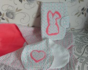 Birthday gift; All Bunting white and grey, inner swaddling blanket salmon, Nomad bag, shoulder Pourbebe bib