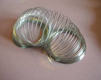 Set of fifteen turns of memory wire form for silver steel bracelet, diameter: 55-60 mm, thickness