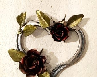 Roses on horseshoe heart