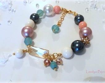 Bracelet with Swarovski Pearl - Bracelet charms, pearls and faceted beads - Swarovski Crystal Bracelet