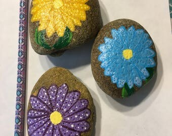 Dotted Flowers set of 3