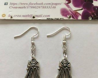 earring type shoe bow silver