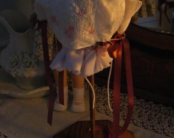 Sweet  Little Lace Bonnet