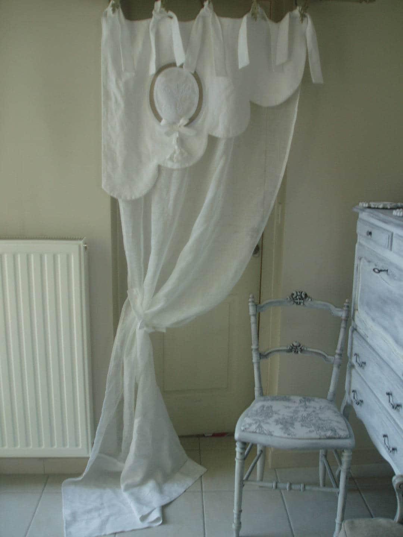 Magnifique rideau feston bonne femme en linge ancien et voile for Voile et rideaux
