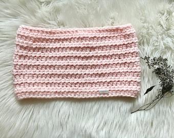 Blushing Pink Crochet Cowl