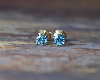 Swiss Blue Topaz Stud Earrings, 4mm Topaz & 14k Gold Filled Claw Stud Earrings, Blue Topaz Earrings, November Birthstone, Wife Gift, Gems UK