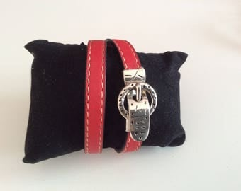 Bracelet double turn white and red leather.