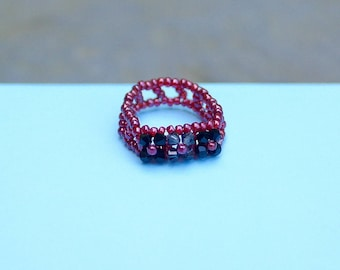 Two Toned Black Swarovski Floral Ring