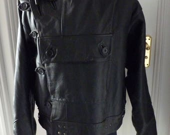 Vintage Motorcycle Leather Jacket with Button and Toggle Fastening - Pocket on Front