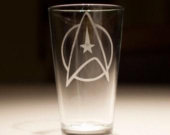 Star Trek Starfleet Insignia Etched Pint Glass