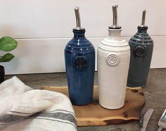 Oil bottle – Pottery oil dispenser, Ceramic, Stoneware, Handmade, Wheel thrown