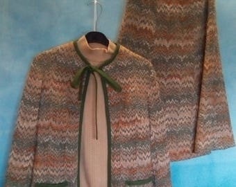 Vintage Country Casuals twin set with coop jumper. Beautiful and immaculate condition.