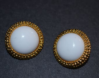 Vintage White and Gold Tone Clip on Earrings