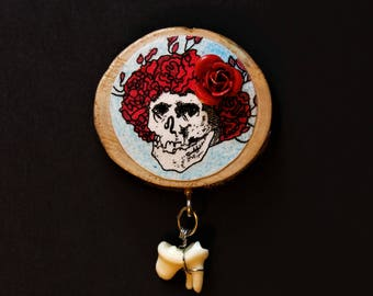 Grateful Dead Bertha pin w/ 3d rose and tooth