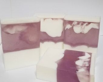 Handmade Lavender-Vanilla Soap Detergent-Free