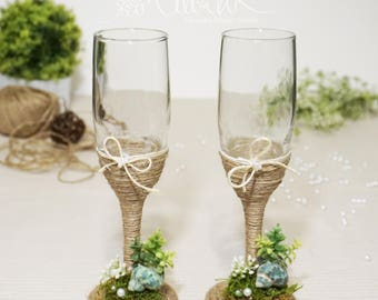 Personalized Champagne Flutes, Garden Themed Moss wedding toasting  glasses, Toasting flutes for bride  groom, Nature lovers wedding glasses