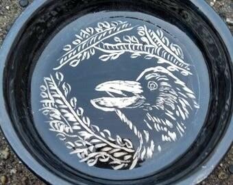 Crow Pet Dish
