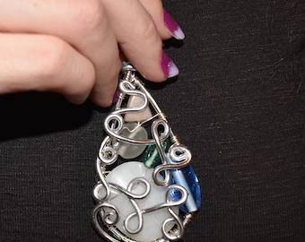 Wire Wrap Pendant // Handmade Jewelry