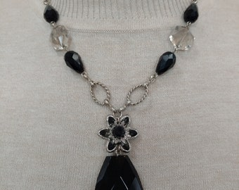 Jet Floral Crystal Pendant Necklace with matching Earring