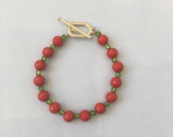 Green & Red Women/Girls Wired Bracelet