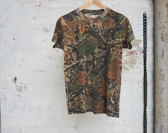 UNIQUE CAMOFLAGE T-SHIRT