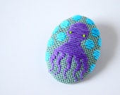 Koginzashi Embroidered Octopus Brooch #14 (purple/sage green) - pin HineMizushima hand-embroidered jewelry embroidery cotton polka-dot gift