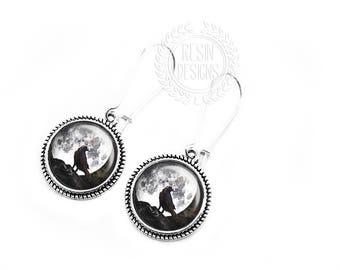 Raven Earrings, Moon Jewelry, Silver, Dangle Earrings, Gift for her, Handmade Jewelry, Black Crow, Full Moon Jewelry, Black and White
